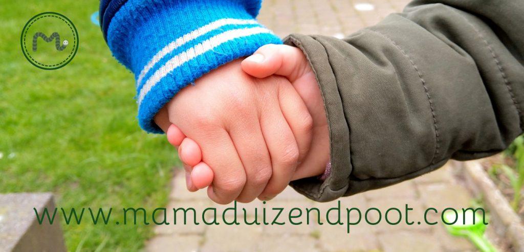 Een vriendschap tussen kleine kinderen