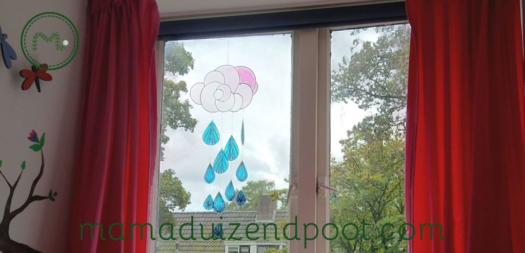 Een regenwolk zonnebreker