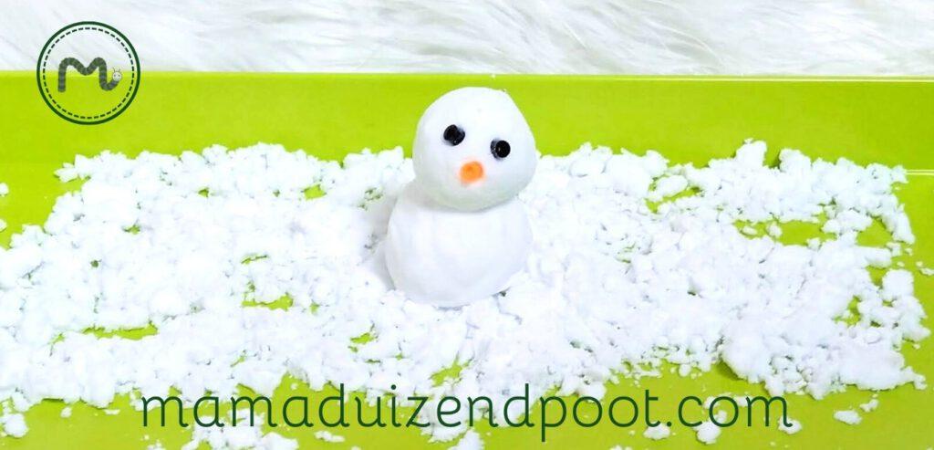 Sneeuw voor uren speelplezier
