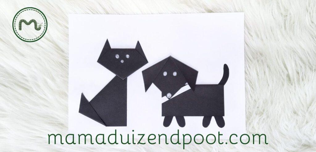 Een kat en hond vouwen