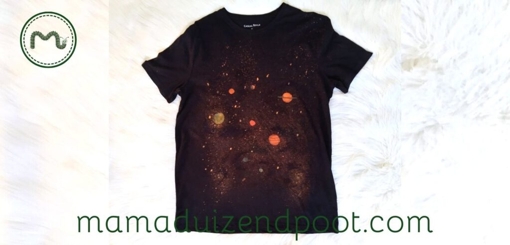 Een space shirt